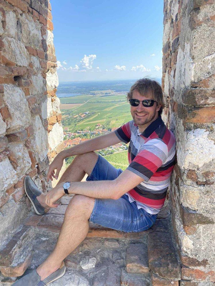 Ministr zdravotnictví Adam Vojtěch (za ANO) absolvoval o vládních prázdninách výstup na Dívčí hrady