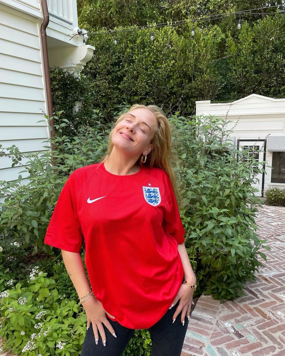 Adele v dresu Anglie