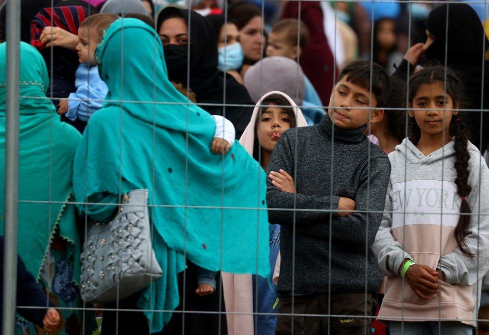 Tálibán přebírá vládu v Afghánistánu: Evakuovaní lidé v Německu pobívají dočasně v táborech (30.8.2021)
