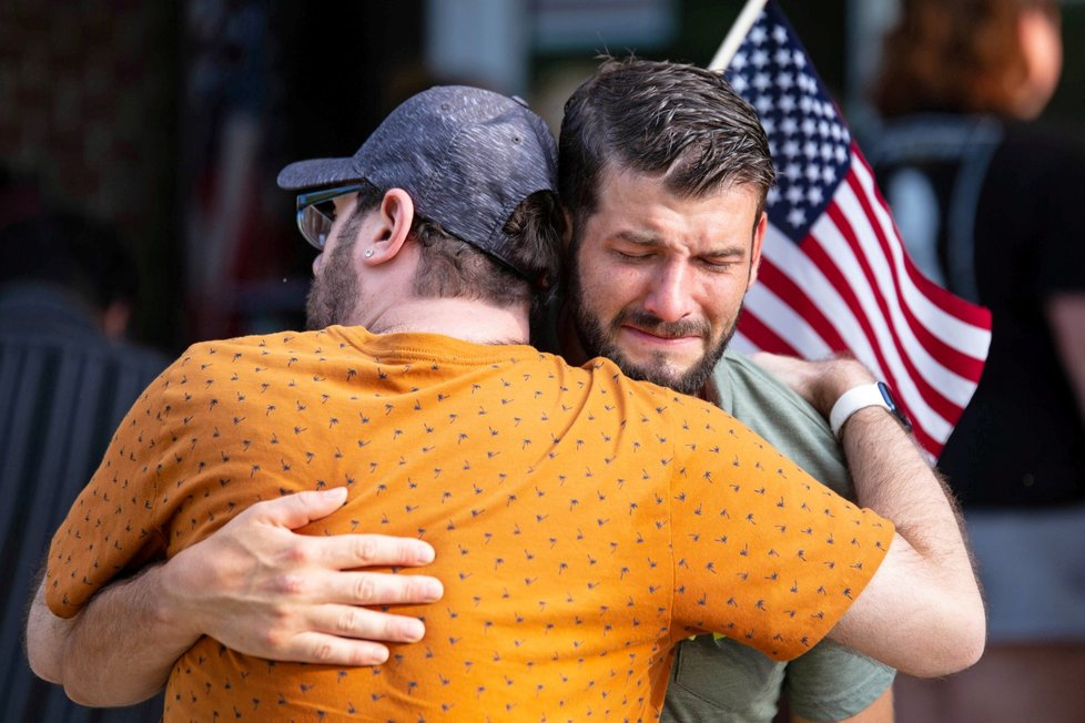 V USA uctili padlé po teroru v Afghánistánu (29. 8. 2021)