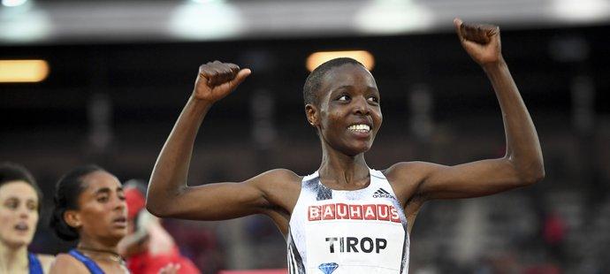 Keňská vytrvalkyně Agnes Tiropová (†25)