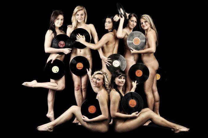 Vinyl ladies