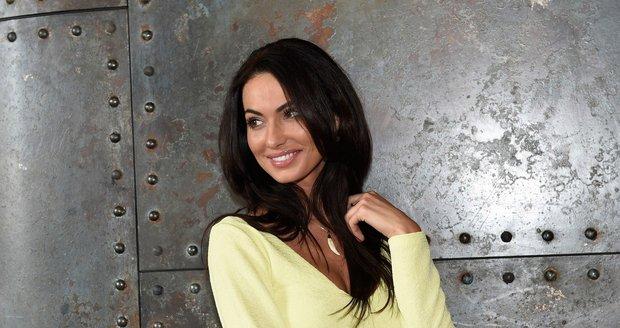 Eliška Bučková radila finalistkám České Miss 2016.