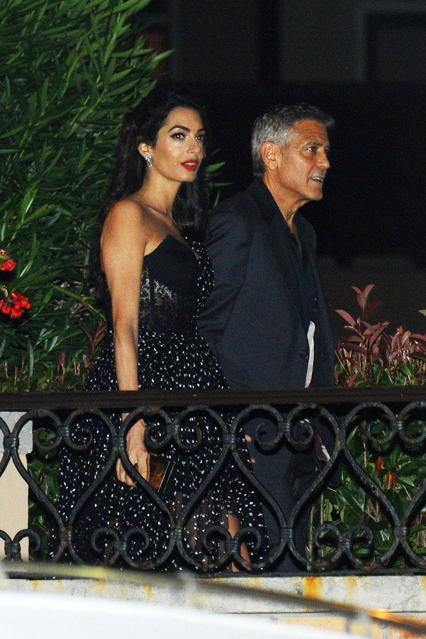 Amal a George Clooney v Benátkách.