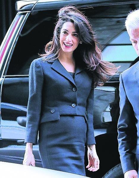2017: Tehdy Amal čekala dvojčata.