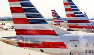 خطوط هوایی آمریکا از انتظارات تحلیلگران فراتر رفت.  آنها برای اولین بار از زمان شیوع بیماری همه گیر پیروز شده اند