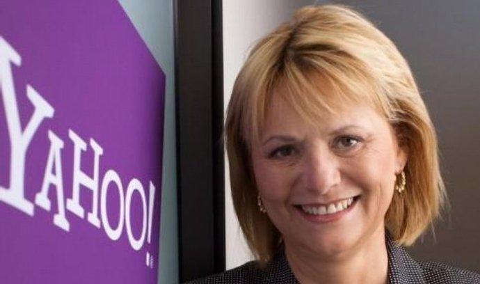 Americká internetová firma Yahoo v úterý odvolala generální ředitelku Carol Bartzovou. Ta skončila ve funkci po dvou a půl letech poznamenaných stagnací, nespokojeností investorů a spory s čínskou společností Alibaba Group.
