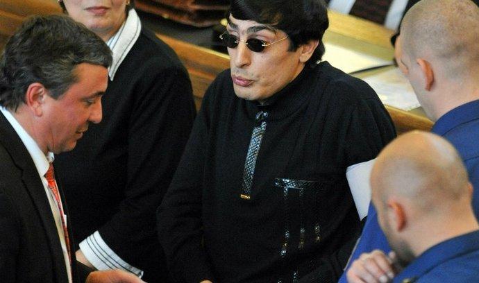 Andranik Soghojan na snímku z roku 2010 u Městského soudu v Praze