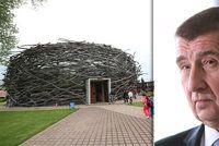 V Bruselu uzavřeli vyšetřování kauzy Čapí hnízdo. Babiš to neřeší, úřady mlčí