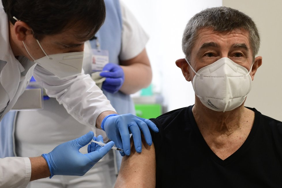 Premiér Andrej Babiš (ANO) dostal druhu dávku vakcíny proti covidu (24.1.2021)