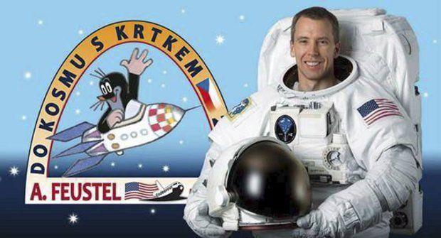 Krtek zpátky ve vesmíru: Astronauti zdraví Česko