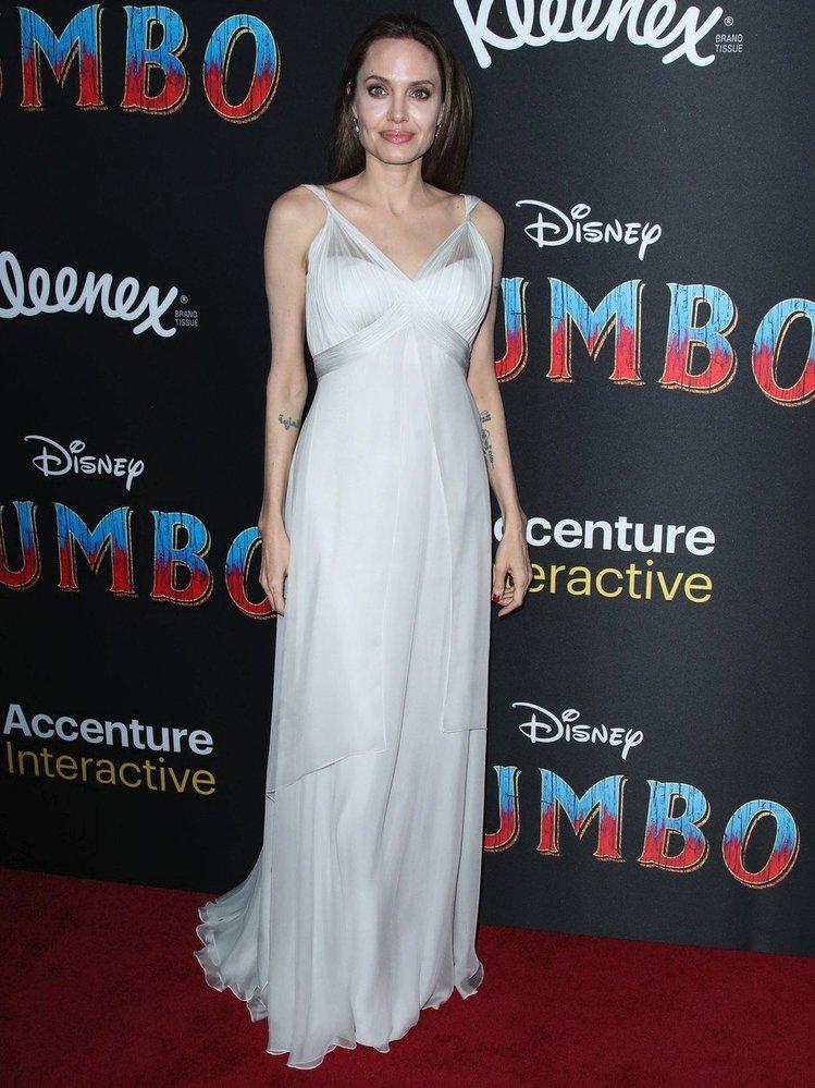 Angelina Jolie na premiéře filmu Dumbo, rok 2019