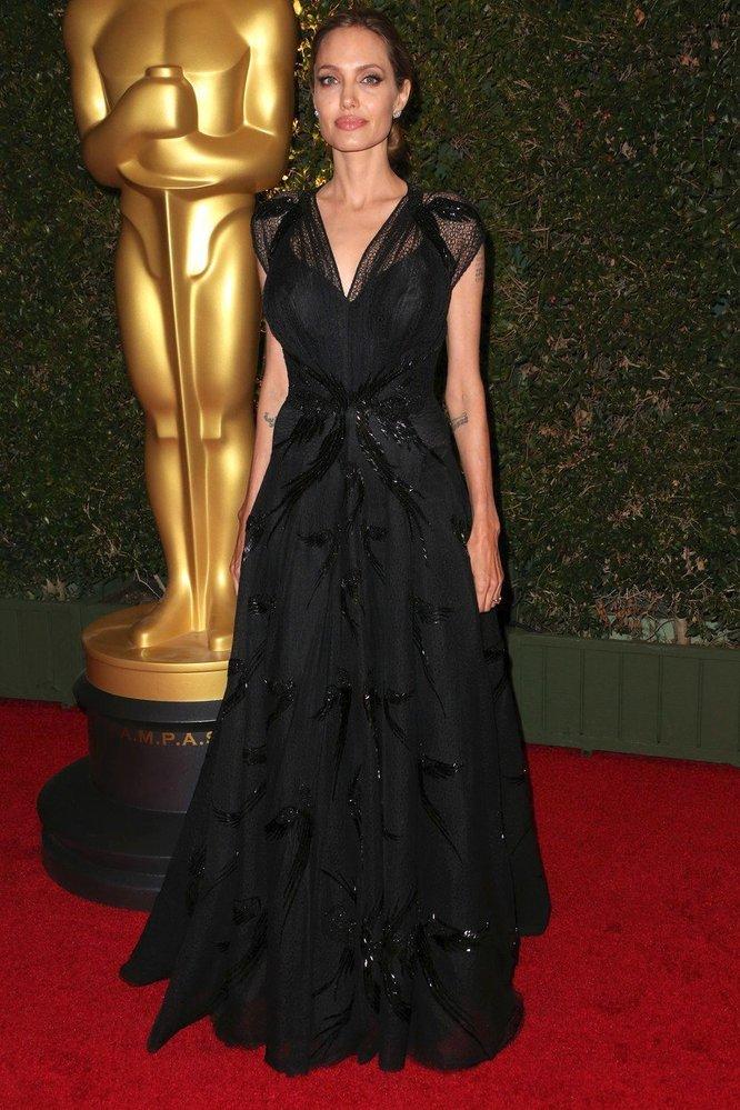 Angelina na předávání filmových Oscarů, rok 2013