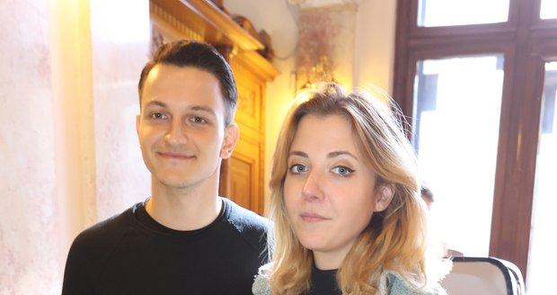 Anička Slováčková a její partner z Roztančeného divadla.