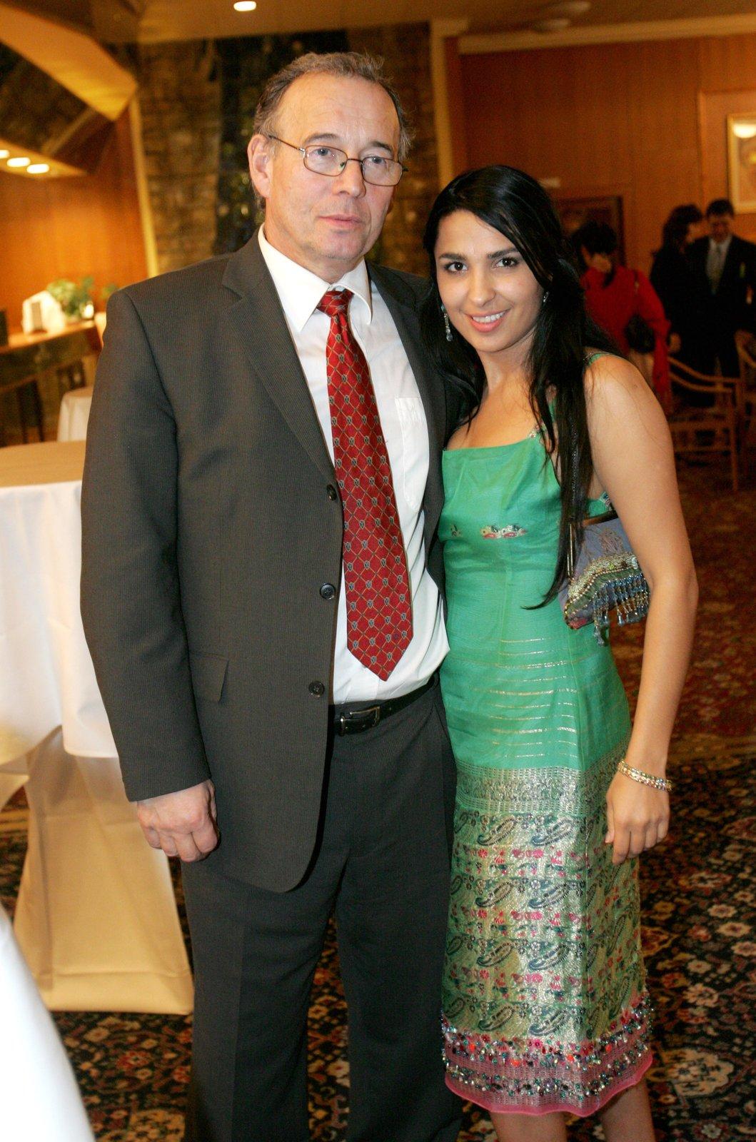 Anife byla po příchodu do Čech provdána za herce Ivana Vyskočila.
