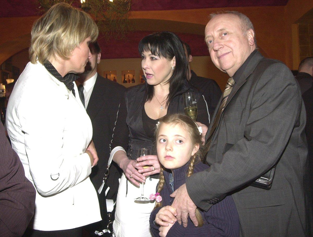 Dagmar Patrasová, Felix Slováček a malá Anička v roce 2003
