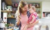 Neboj, mamko, nejsi na to sama: 7 aplikací, které usnadní maminkám život