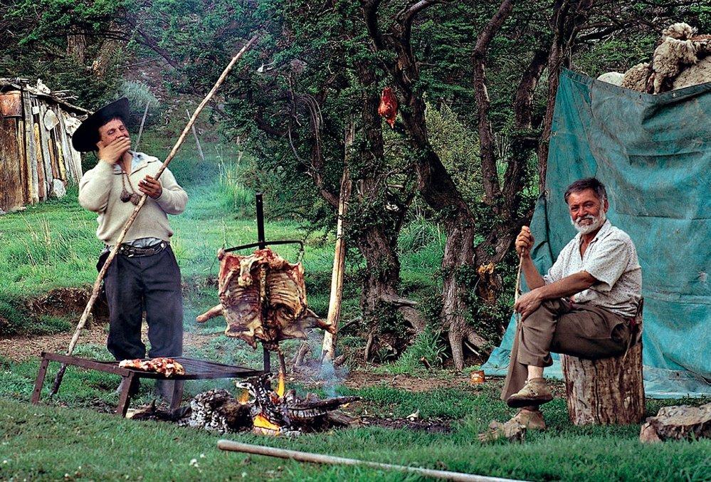 Historické obrázky ukazují práci gaučů v idylickém světle jako povolání svobodomyslných duší.