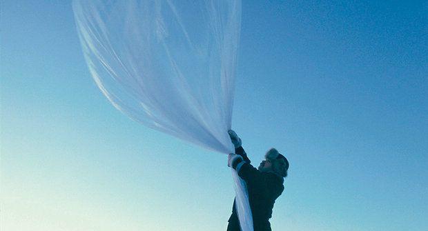 Nečekaná díra: Nad Arktidou se extrémně ztenčila ozonová vrstva