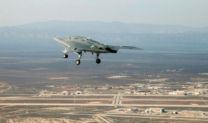 armáda, bezpilotní letadla