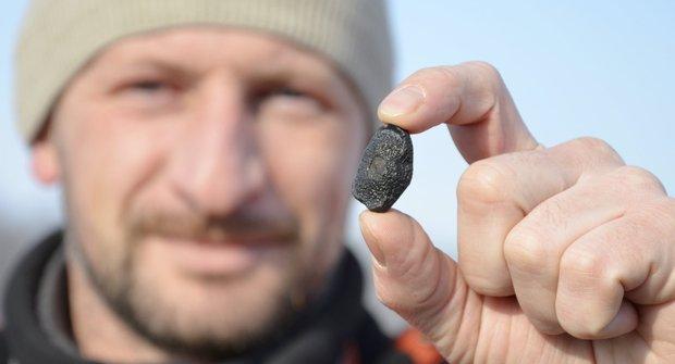 Země pod palbou: Jak na Rusko dopadl meteorit