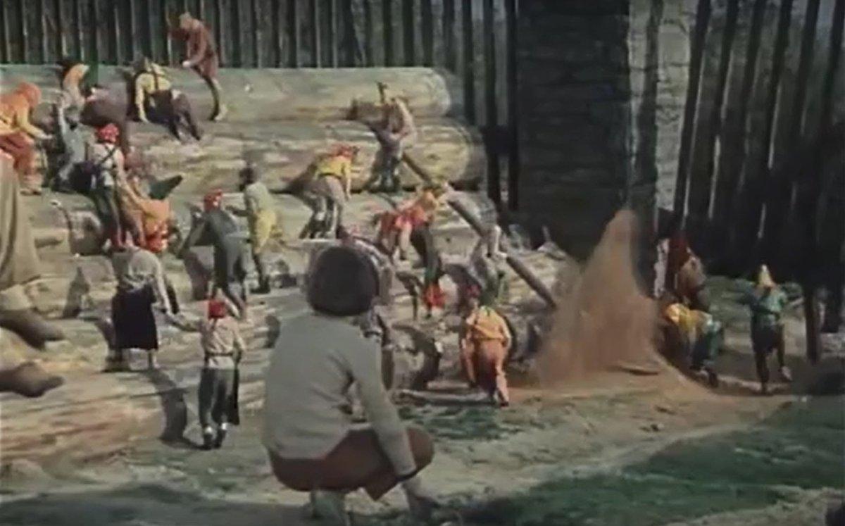 Záběry z filmu Ať žijí duchové
