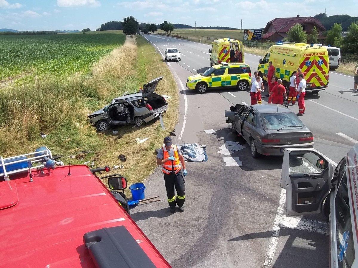 Po tragické nehodě na křižovatce u Šedivce přibyla další dopravní značení, aby řidičům přijíždějícím z vedlejších silnic bylo jasnější, že musí dát přednost v jízdě. Situaci by mohla zlepšit výstavba kruhového objezdu, která je nyní v jednání.