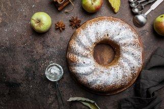 Tvarohová bábovka s jablky: Nejlepší, jakou jste kdy jedli!