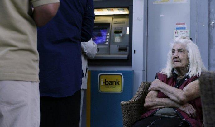 bankomat u řecké banky