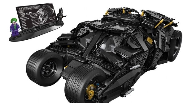 Super věc: LEGO chystá Batmanův auťák/tank Tumbler