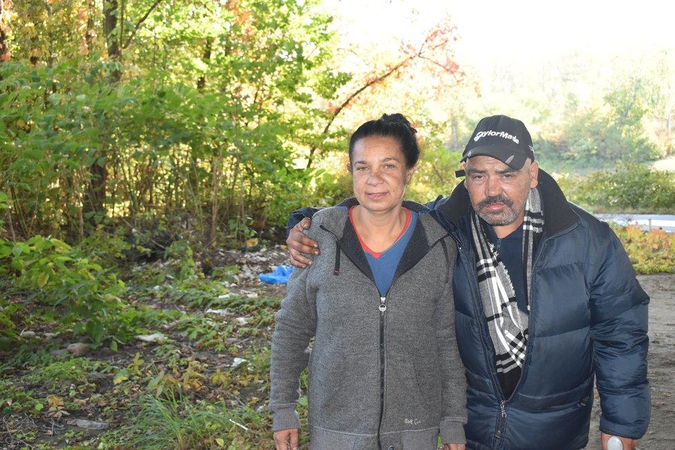 Pár bez domova Renata (46) a Pepa (53).