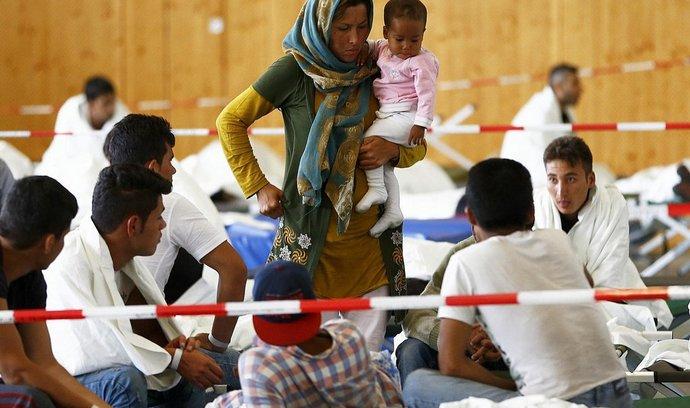 Běženci krátce po příchodu do Německa