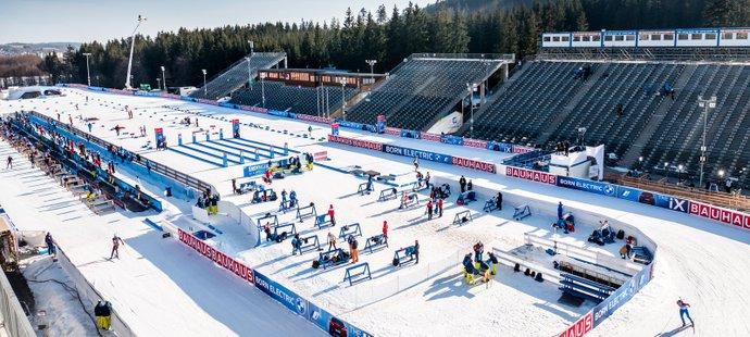 Areál v Novém Městě na Moravě při závodech Světového poháru v biatlonu