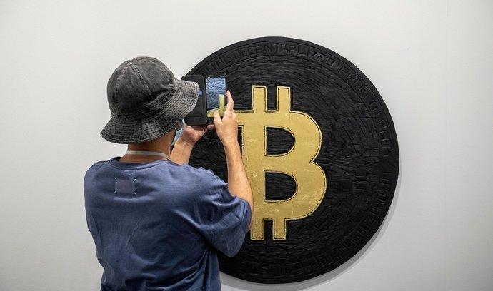 Bitcoin k sobě tento týden přilákal mimořádné množství pozornosti.