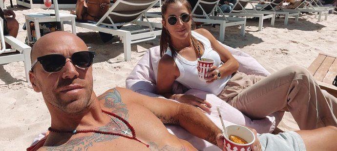Svalnatec Martin Hromkovič randí s tenistkou Belindou Bencicovou