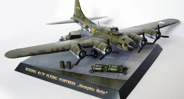 Vystřihovánka Boeingu B-17: Doplňky a podstavec k papírovému modelu