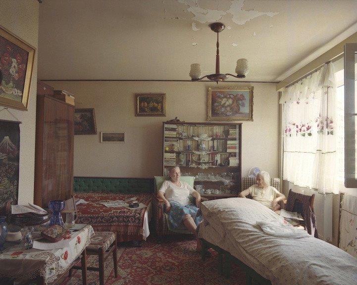 2. patro, byt č. 12 - matka a dcera, které si přály zůstat v anonymitě.