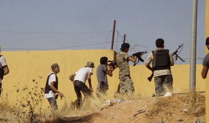 Boje v Tripolisu