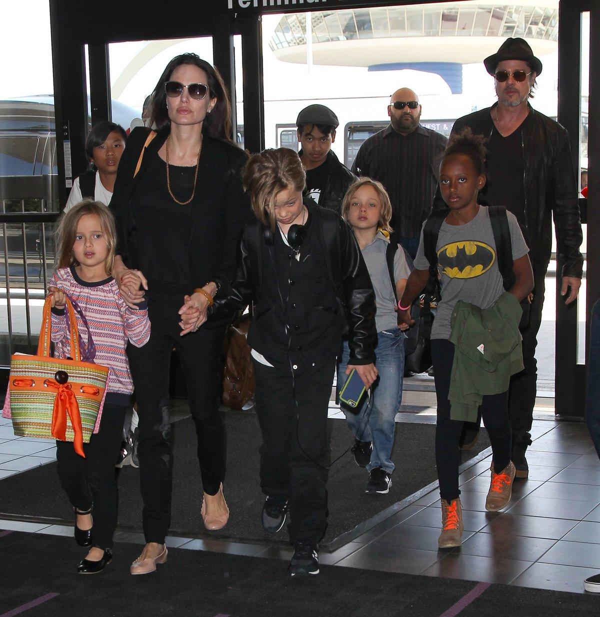 Angelina Jolie, Brad Pitt a jejich děti