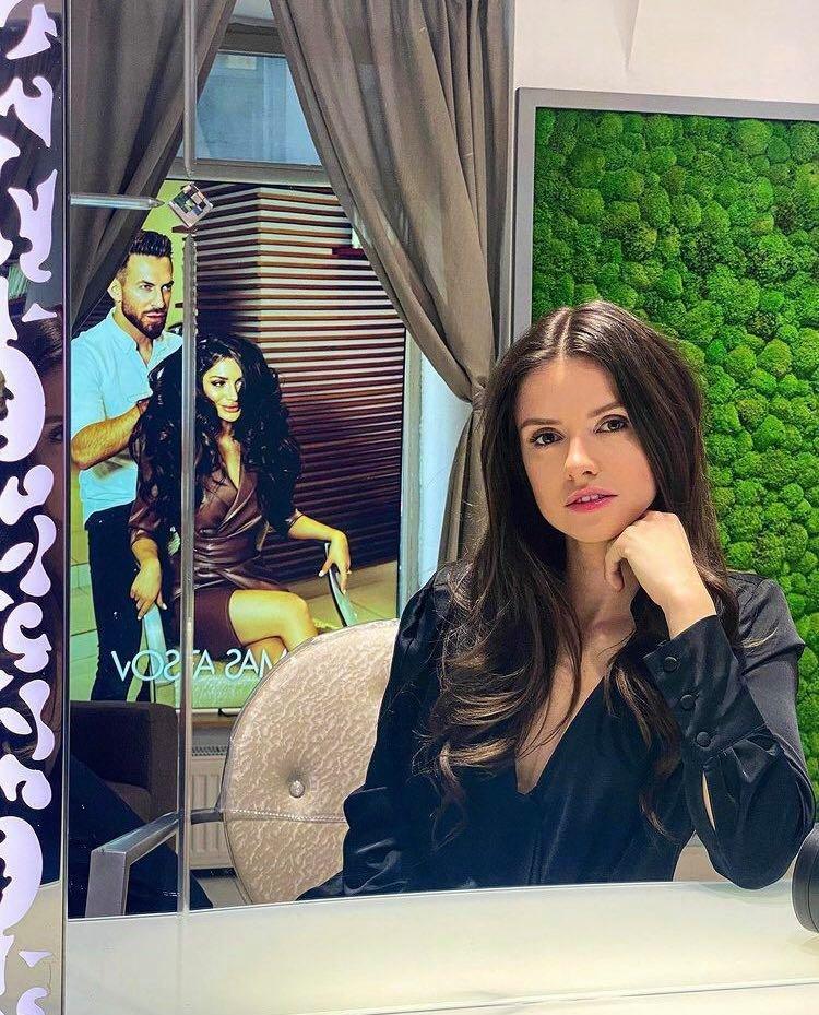 Dominik Branišová se stala tváří vlasové kosmetiky