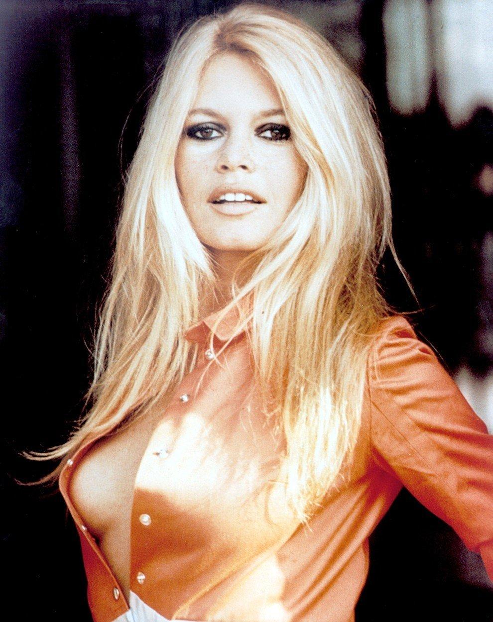Brigitte se stala celosvětovou sexbombou a ikonou, kterou obdivovali nejenom muži, ale také ženy.