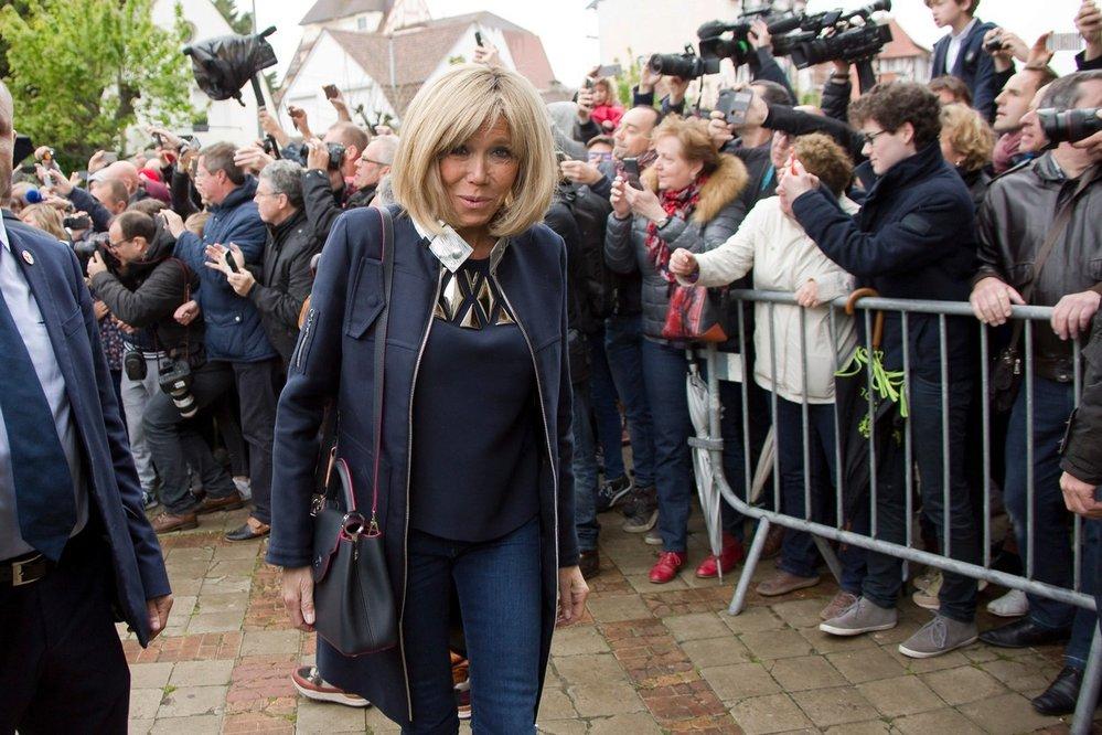Brigitte Macron se kvůli Emmanuelovi rozvedla