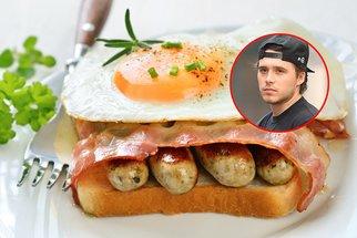 Rychlé toastové snídaně podle Brooklyna Beckhama