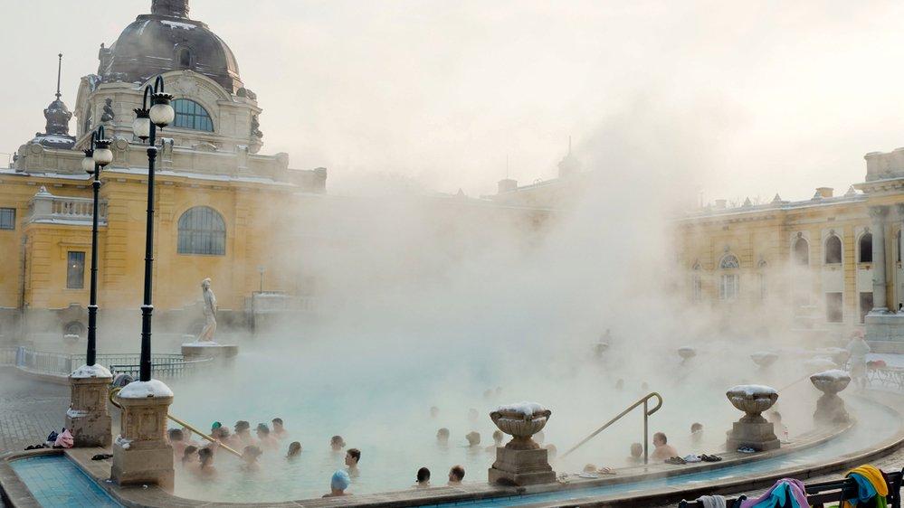 Úžasné zážitky nabízí zimní spa v Budapešti