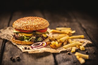 Menu jako z McDonald's, které hravě zvládnete doma, a dokonce za zlomek ceny!