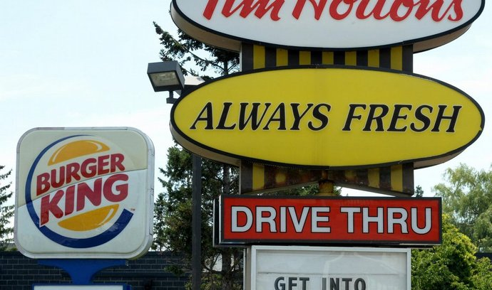 Burger King převezme kanadský řetězec Tim Hortons