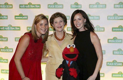 Laura Bushová s dvojčaty