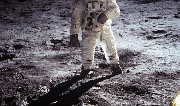 Buzz Aldrin na povrchu Měsíce v roce 1969