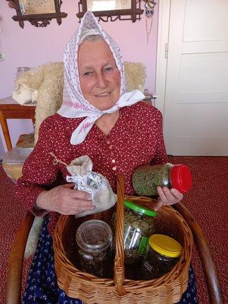 Paní Vanda se věnuje bylinám a jejich působení již 40 let