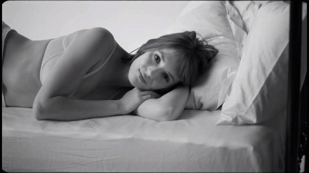 Maya Thurman-Hawke v kampani Calvin Klein